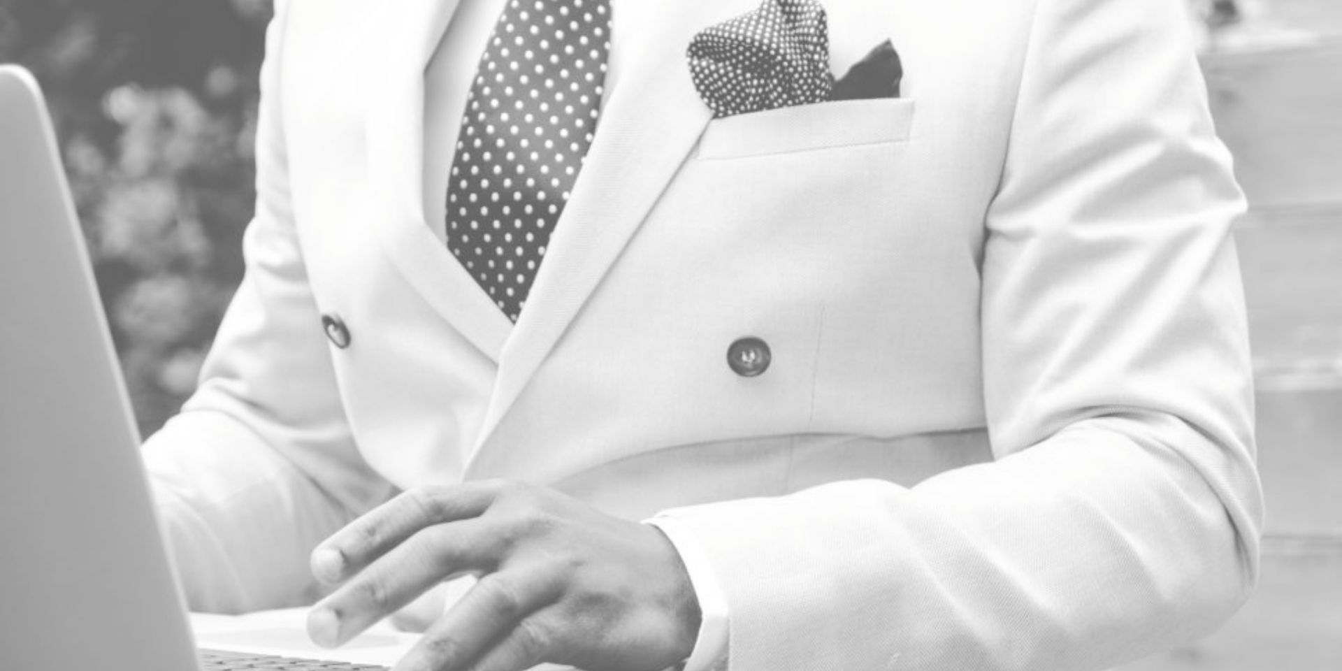 how to handle negative patient reviews